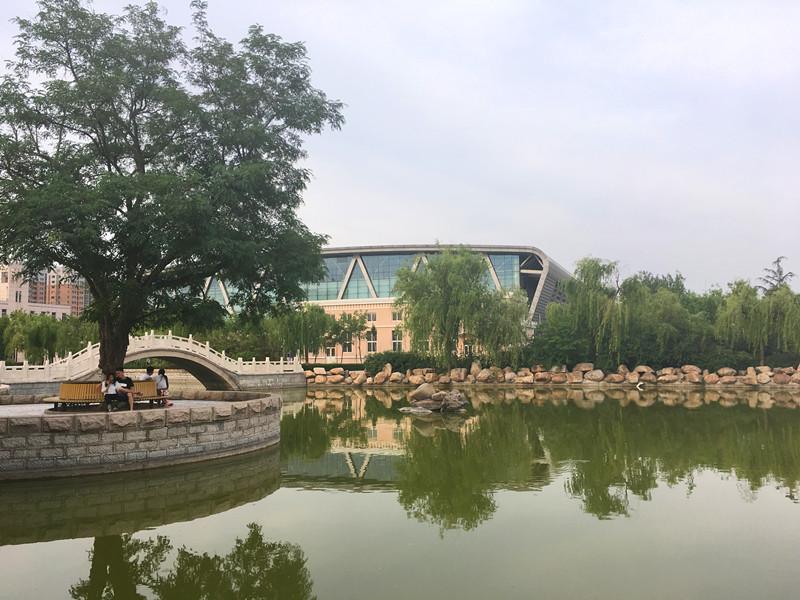 《潍坊学院一日游》